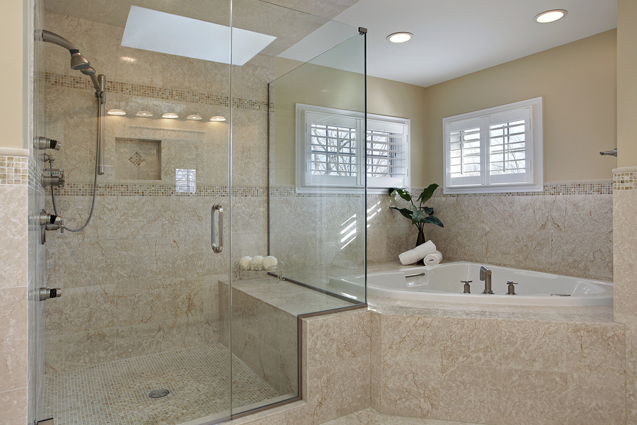 Master bathroom trends of 2015 dream kitchen and baths for Contemporary bathrooms 2015