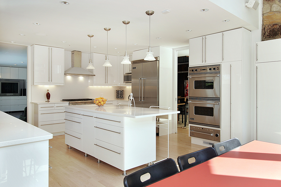 sleek white kitchen adding color to a white kitchen   dream kitchen and baths  rh   dreamkitchenandbathsi com