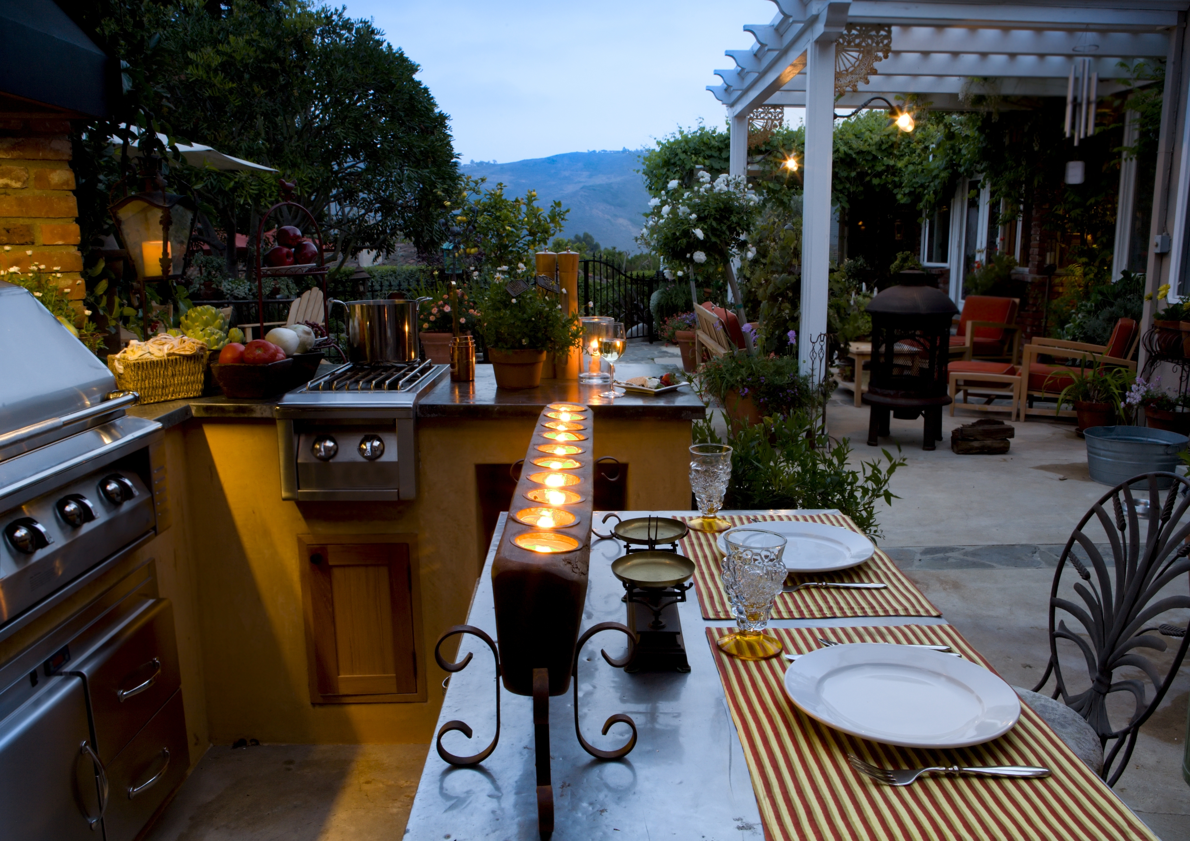 Making An Outdoor Kitchen Making An Outdoor Kitchen Out Of Your Deck Or Patio Dream