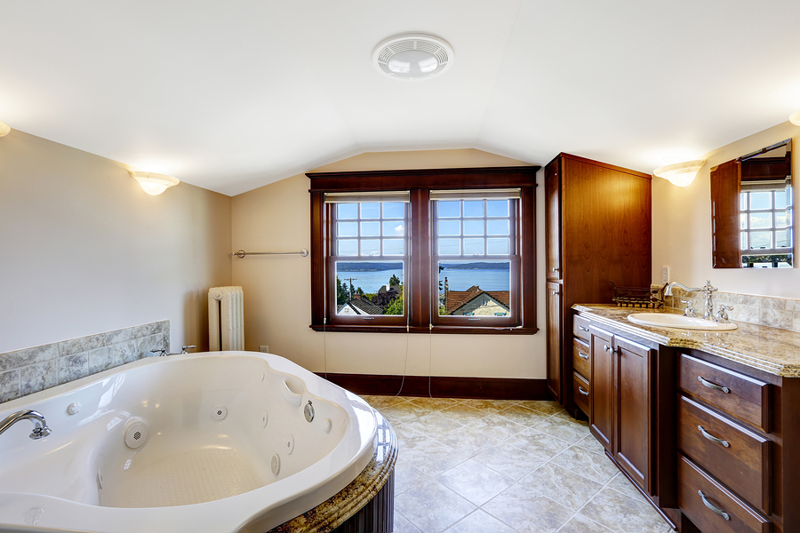 Whirlpool Tubs – Air or Water Jets | Dream Kitchen and Baths